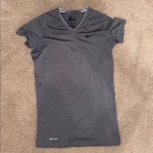 Nike fitted short sleeve work out shirt! WORN ONCE